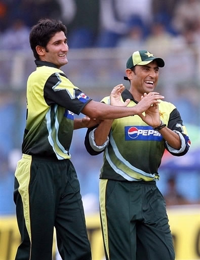 Sohail Tanvir celebrates the wicket of Jayawardene