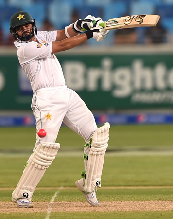 Azhar Ali on his way to a historic 302*