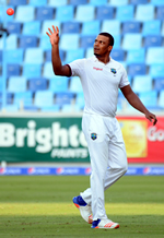 Shannon Gabriel gets ready to bowl during the 1st Day/Night Test, Pakistan v West Indies, Dubai Sports City Stadium, Dubai, 13th, 14th, 15th, 16th, 17th October 2016